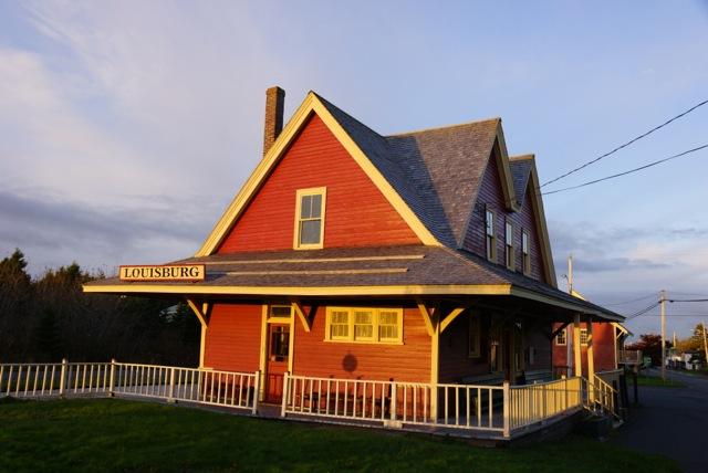 S & L Train Station Museum, Louisbourg Nova Scotia